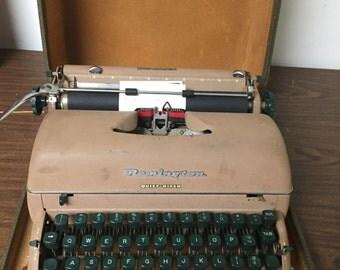 Vintage Remington Typewriter Manual with Case Quiet Riter