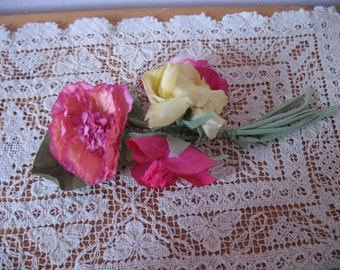 1950's Millinery Flower Hat Bouquet, 5 Flowers, pink yellow on stems