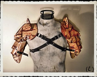 Leather shoulder armor - Flayed - Made to order -