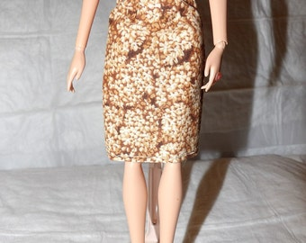 Fashion Doll Coordinates - Brown & white floral skirt - es408
