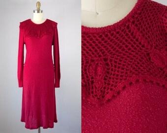 1970s Vintage Red Knit Crochet Collar Midi Dress (S, M)
