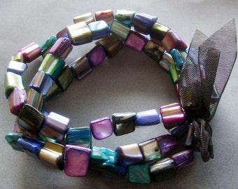Shiny Multi-Color Shell Beads Layers Stretch Bracelet  T2056
