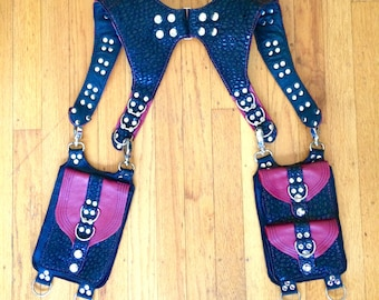 Ready To Ship Medium HOMBRE Shoulder Holster Burning Man Pockets Utility Festival leather Mad Max goth black dragonskin pebble red
