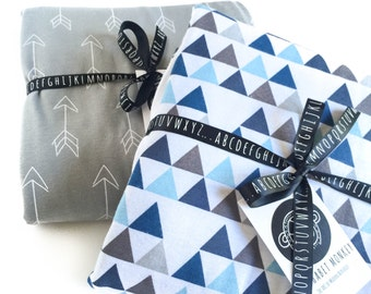Baby Crib blanket - XL reversible arrow/triangle print in blue and grey ; baby boy blanket, cot blanket, crib bedding