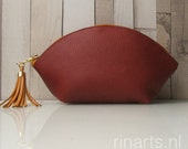 Zipper pouch / leather bag organizer / leather cosmetic bag WEDGE in rust brown full grain Italian leather. Personalised pouch