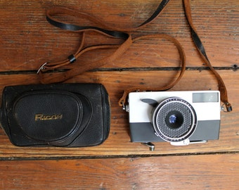 Snap Chat... Vintage Ricoh Auto 35 Camera with Case