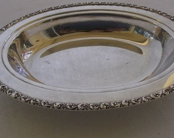 Vintage Serving Bowl, Silverplate Oval Serving Bowl,Silver Plate Bread Server
