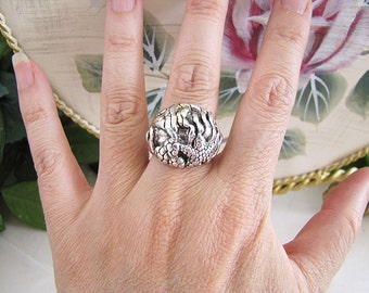 Unique Sea World Sterling Silver Statement Ring, size 7, Bold Ring