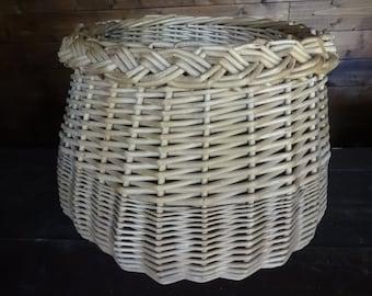 Vintage French shopping farmer apple fruit picking harvesting wicker wood basket circa 1950-60's / English Shop