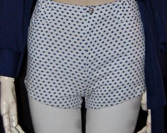 vintage shorts, 60s hot pants, knit shorts, white and navy, polka dot