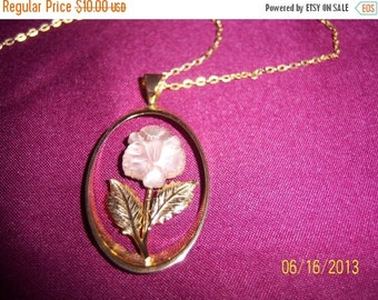 SALE Vintage Delicate Pastel Rose and Gold-Tone Necklace