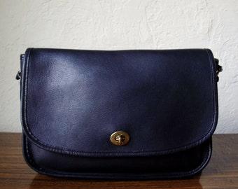 Excellent Vintage Coach Black Leather Cross Body Messenger Handbag