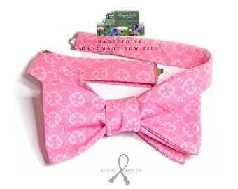 self tie, Men's bowtie and pocket square / pink cotton fabric / cotton freestyle - adjustable - just bowties for men from Bagzetoile