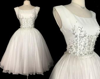 Vintage 1950s Dress //Beaded// 50s Dress //Off White//New Look //Femme Fatale//Rockabilly//Mod