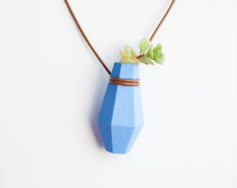 Geometric Hexagonal Planter Necklace in Aquamarine