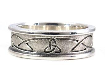 Mens Sandblasted Tri Celtic Knot Wedding Ring - Sterling Silver