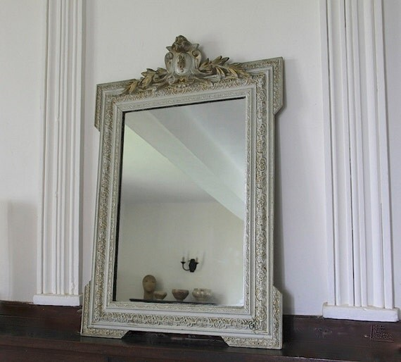 Specchio d 39 epoca francese con dettaglio intagliato louis xvi - Specchio in francese ...
