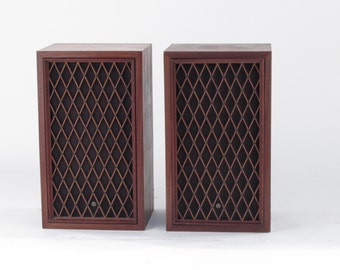 Pair of Pioneer CS-77 50 watt Vintage Audio Floor Speakers