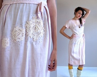vintage 50s pale pink CROCHET LACE Wiggle DRESS pinup Small pearl studded bombshell pastel cream