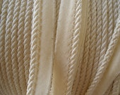 """Ivory Cord with Lip Cotton Bias Tape Piping Trim 1/8"""" Cord 1/2"""" Lip Edging Quilts Pillows Home Decor bedspread BTY yardage embellishment"""