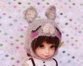 Sleepy Bunny (GREY) --- (Lati Yellow)