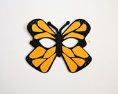 MONARCH BUTTERFLY-Endangered Animal Collection