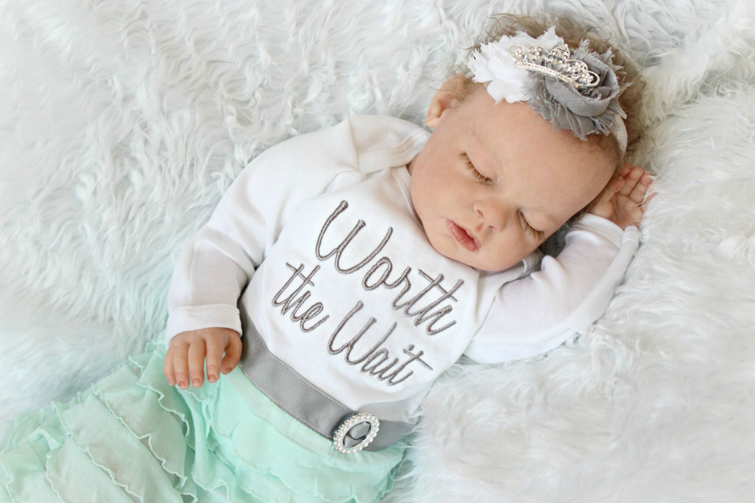 how to make newborn baby clothes at home