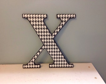 """Black and White Houndstooth """"X"""" wall  letter/ initial/monogram"""