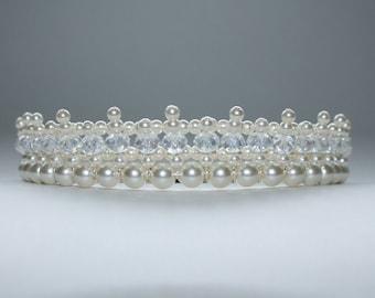 Beautiflly Simple Ivory Tiara