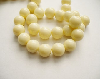 Glass  Beads Bisque Round 10MM