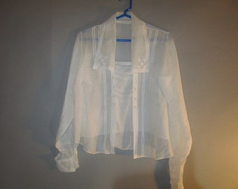 1890's Victorian Blouse // Light Handkerchief Material // Double Row Buttons // Semi Sheer