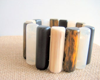 Lucite Stretch Bracelet Large Stone Wood