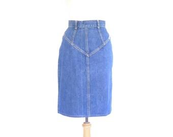 High Waisted Jean Skirt. Vintage 80s Denim Pencil Skirt. Small - Medium. Made in the USA