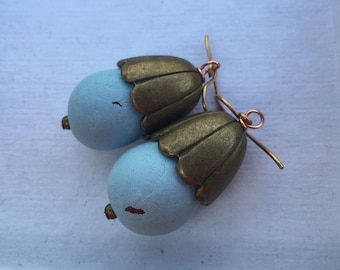 Clay Robin Blue Bird Egg EARRINGS Vintage Scalloped Brass Capped