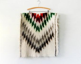 Vintage Southwestern Style Wool Rug / Throw / Textile