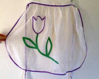 Tulip Apron / Vintage White Apron / I love Tulips / White Sheer Apron / 1960s Kitchen / Tulip Pocket Apron / Gift for Gardener