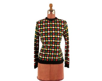 ON SALE Vintage 1970's Funky Mod Houndstooth Abstract Geometric Retro Pull Over Nylon Shirt M
