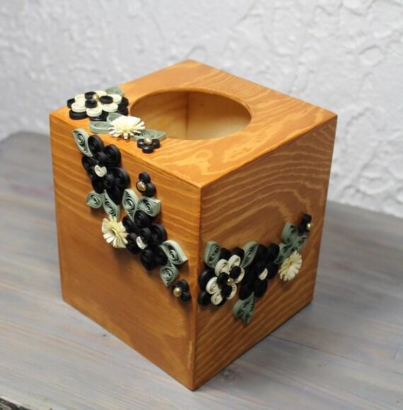 bo te carr e en bois pour papier mouchoir d cor e de fleurs. Black Bedroom Furniture Sets. Home Design Ideas