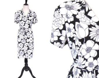 Vintage 1970's Dress l Black and White Floral Poly Dress l Size Large l Vintage Dress