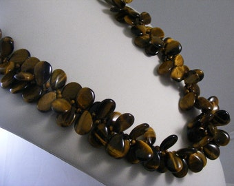 Vintage Tiger Eye Necklace....  Lot 4328