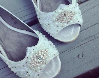 SALE - Size 9 White Shimmer Gatsby Peep Toe Flats