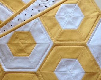 Modern Baby Girl Quilt, Hexagon Quilt, Baby Girl Quilt, Solids Quilt