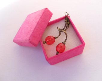 Wire jewelry, contemporary earrings, gift for her, fuchsia pink, modern jewelry, girly earrings, things that shine