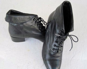 Ladies Lace Up Shoes #041313