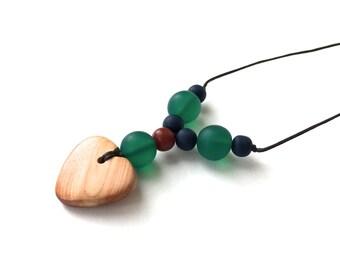 Aphrodite Teething Necklace - Nursing Necklace - Breastfeeding Necklace - Juniper Heart - Autumnal - Navy Blue, Emerald Green, Rust, Amber