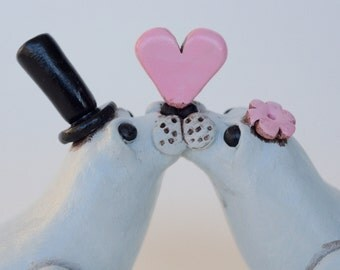 Gray Seals in Love wedding cake topper