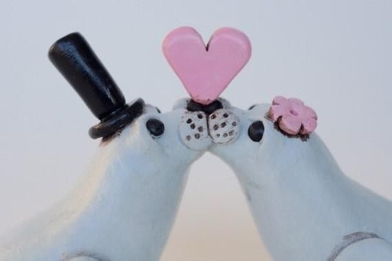 Gray Seals in Love wedding cake topper