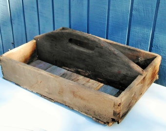 Rustic Wooden Tote - Primitive Wood Tote - Wood Carrier - Wooden Caddy