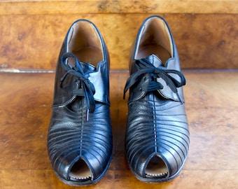 1940s Shoes // Black Peep Toe Oxford Heeled Shoe Size 6