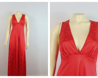 Vintage Nightgown Vanity Fair Red Negligee Jacquard Nylon Satin Full Length No Sleeves V Neck Bias Cut  70s does 30s Style Size 36 Modern M